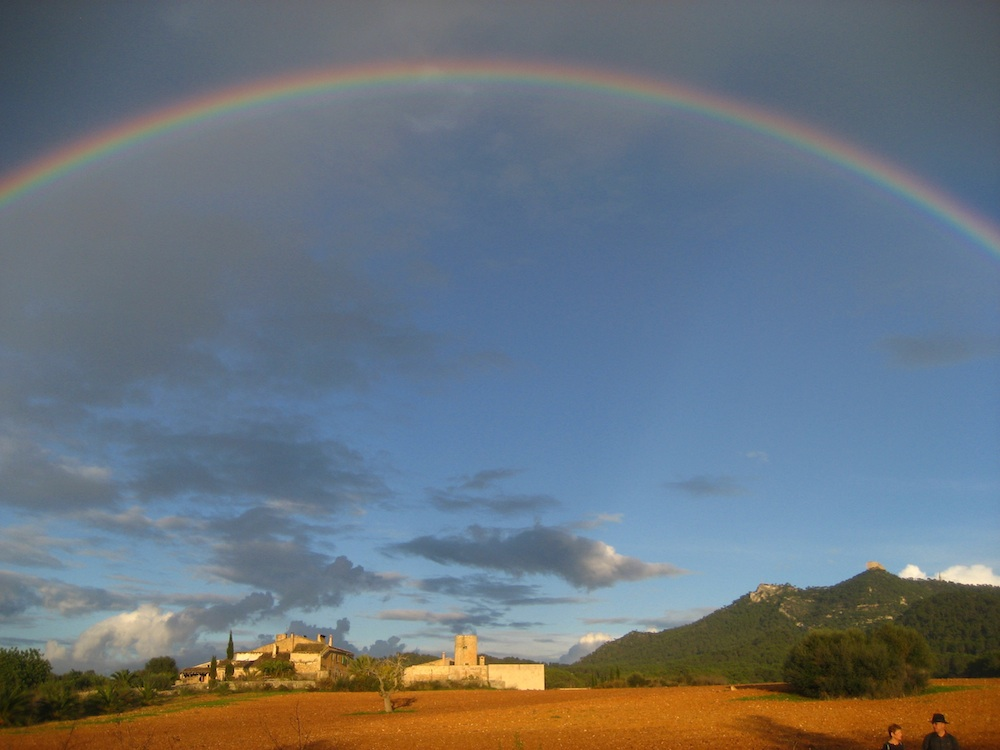 Regenbogen vor St. Salvador
